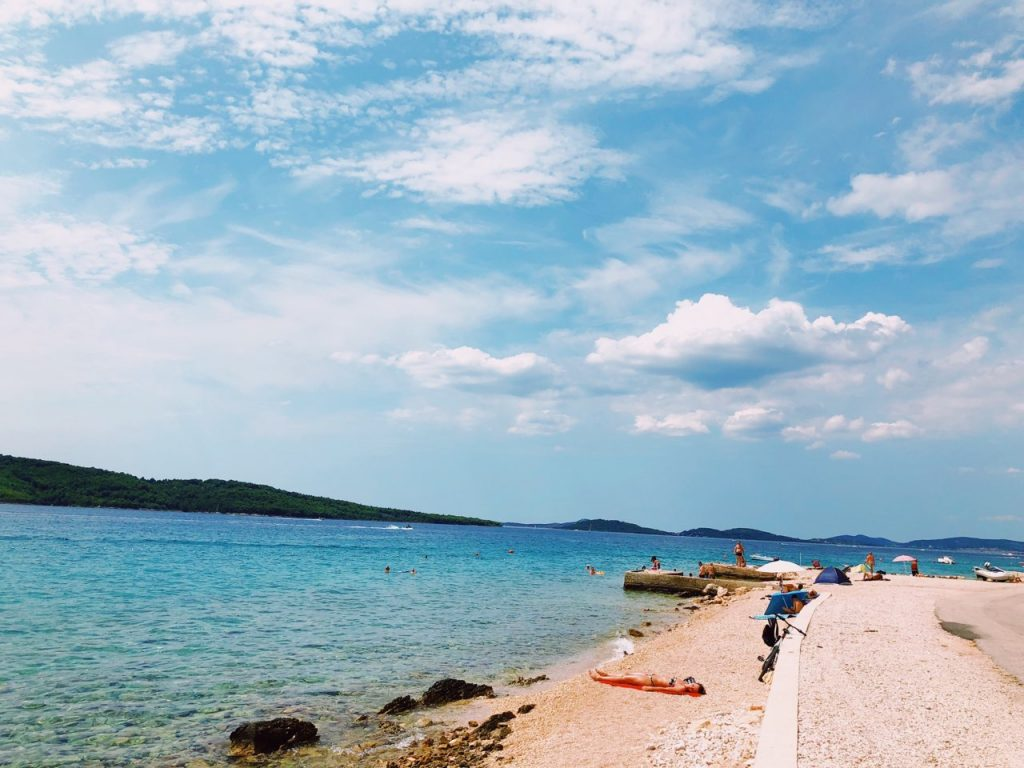 Blue sky, blue sea and a beach in Zablaće, Croatia