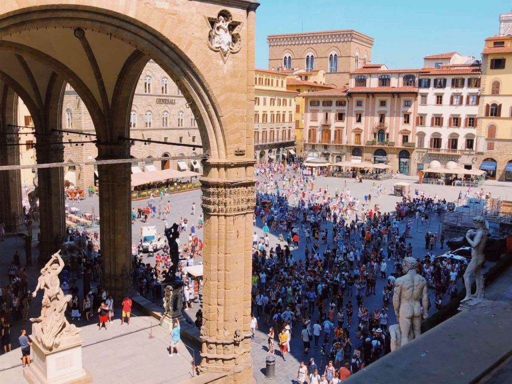 Many people at Palazzo Vecchio in Florence
