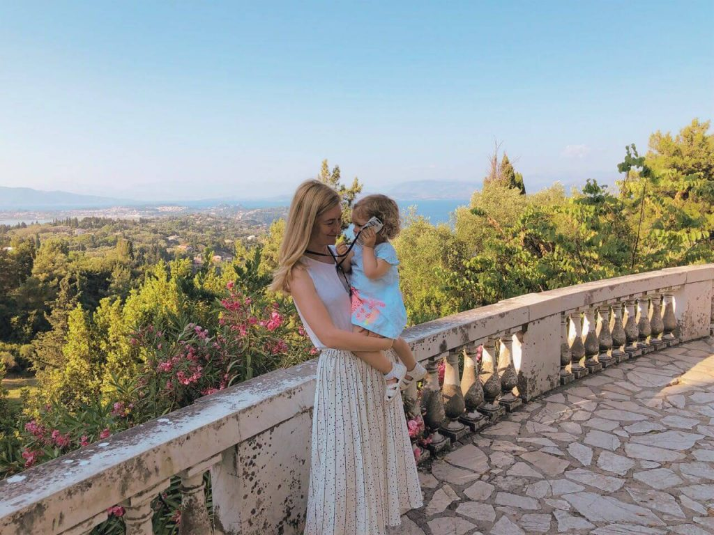 Mother and child at the Achilleion palace in Corfu