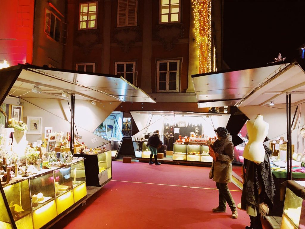 The Arts and Crafts market in the Joanneum quarter