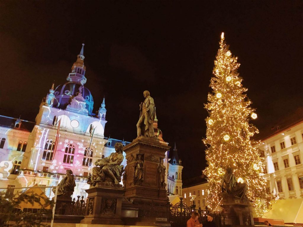 Graz Rathaus on Christmas