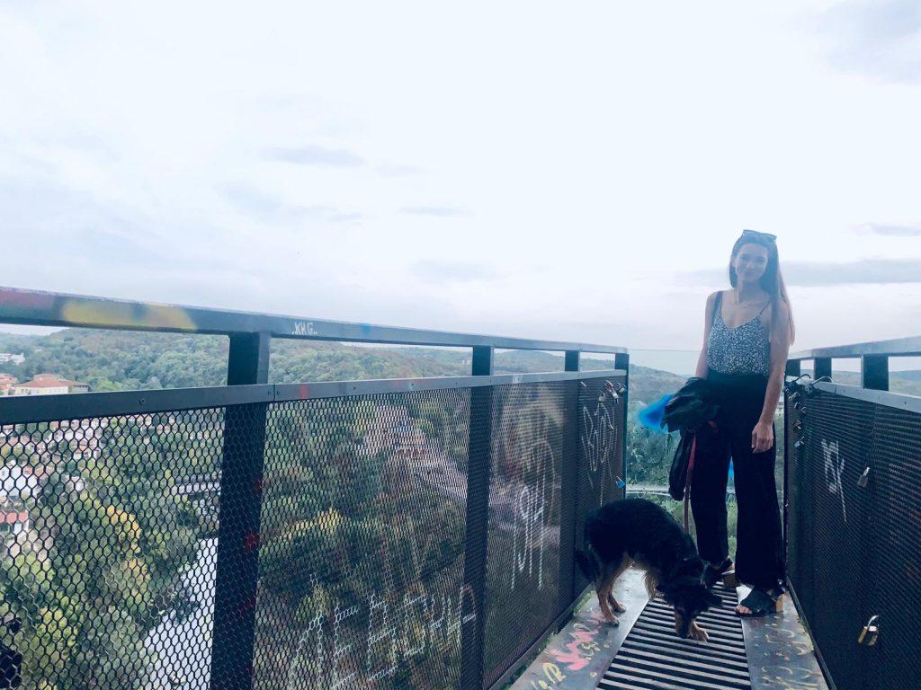 Sara Renar in Veliko Tarnovo, Bulgaria