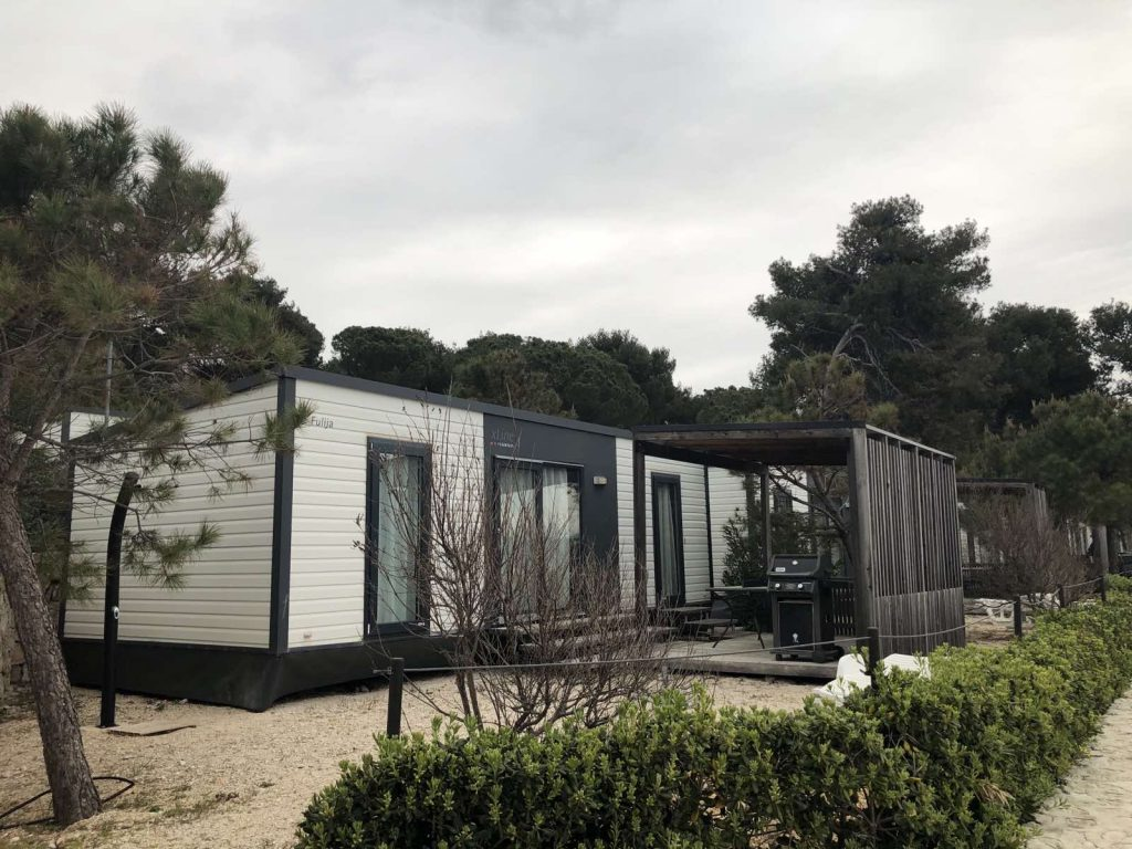 X-line luxury mobile home in camping Kozarica in Pakostane